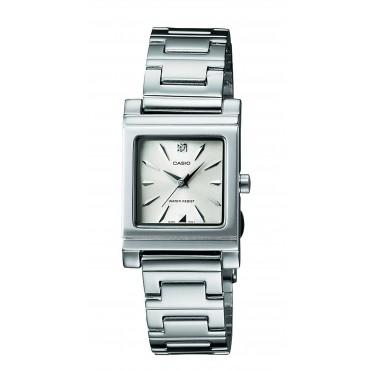 Casio Women's LTP1237D-7A Analog Quartz Silver Watch